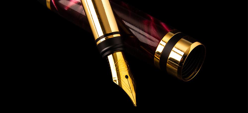 De ce să alegi să scrii cu stilou Poenari?