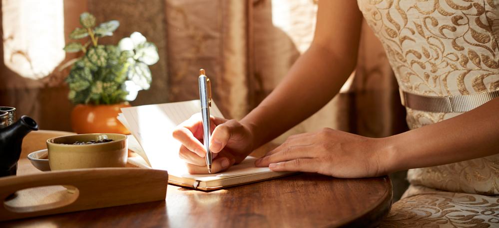 Care sunt beneficiile păstrării unui jurnal personal?