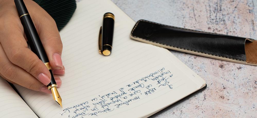 Scris de mână VS scris la tastatură