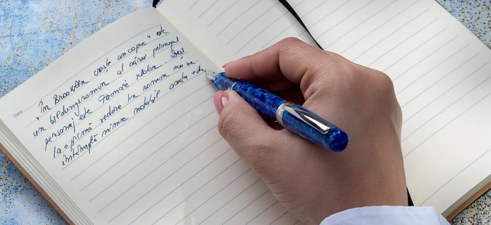 De ce stilorile reușesc să fie în continuare  atât de populare?